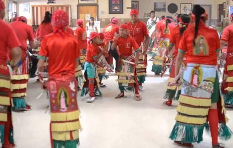 Mexican-dancers.jpg