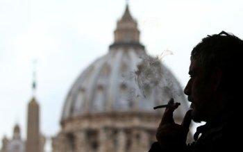 Vatican-Cigarettes.jpg