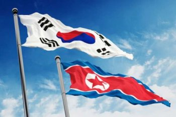 North_and_South_Korea_flags.jpg
