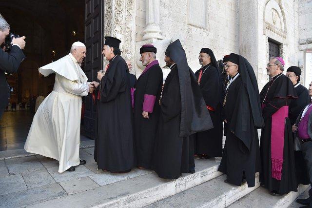 Pope-Bari2.jpg