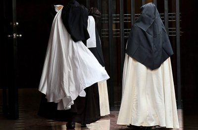 cloistered-nun.jpg