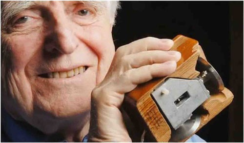 Douglas-Engelbart.jpg