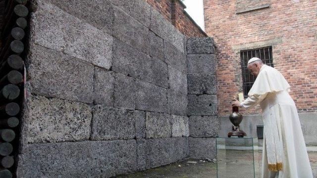 Pope_Auschwitz.jpg