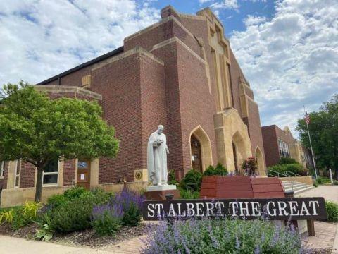 St_Albert_the_Great_Minneapolis.jpg